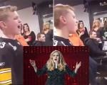 فيديو: طفل يشعل فيسبوك بأغنية Hello