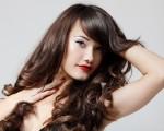 خلطات طبيعية لتقوية الشعر الضعيف ومنع التساقط خلال شهر